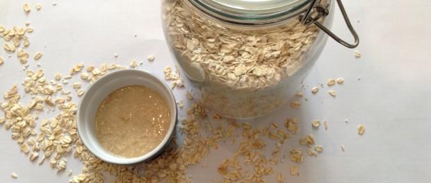 Oatmeal Honey Facial Scrub